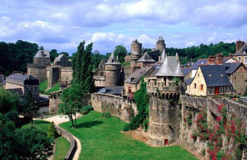 Бретань, замок