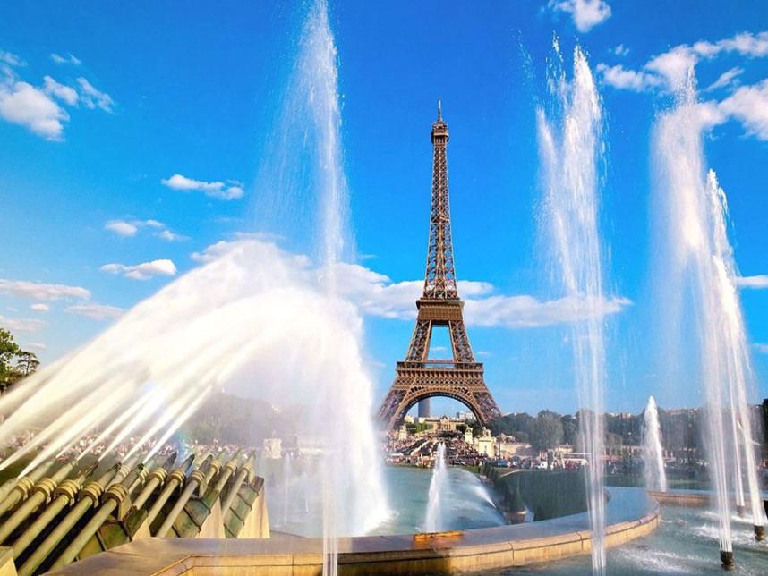 Эйфелева башня, фонтаны