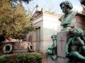 Монумент, Кладбище Пер-Лашез