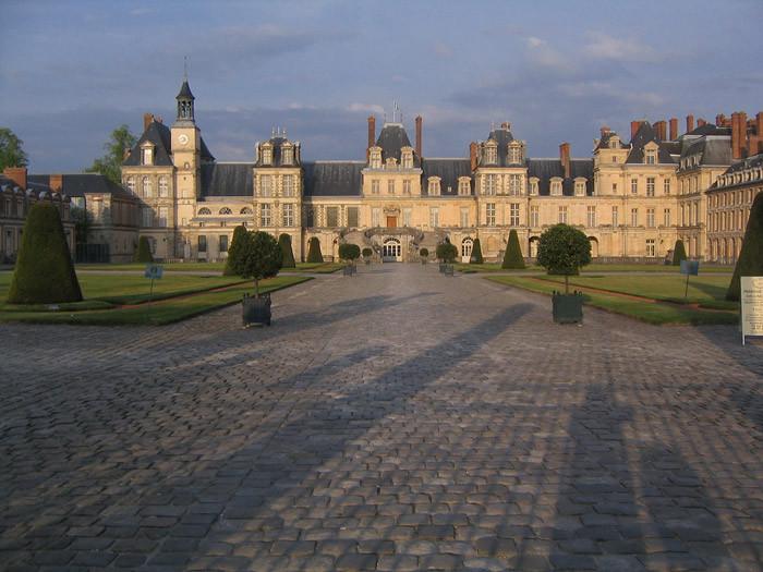 Королевский замок Фонтенбло