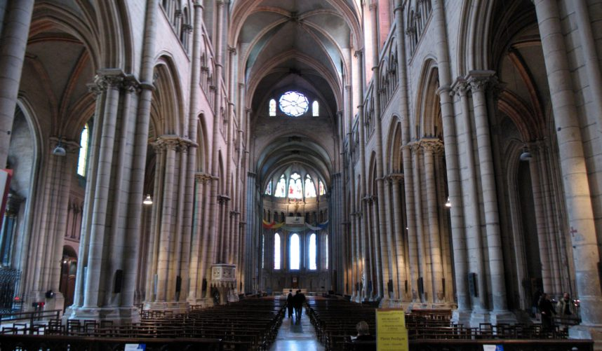 Собор Сен-Жан в Лионе
