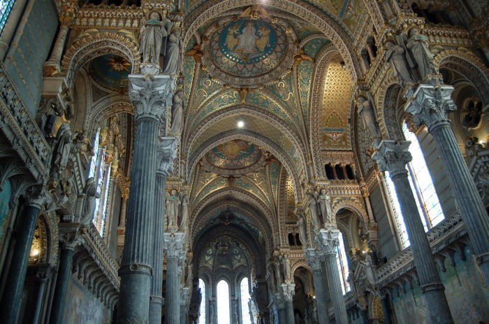 Лионский собор, интерьер