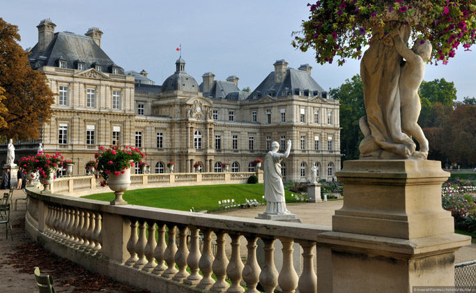 Люксембургский дворец в Париже, Франция
