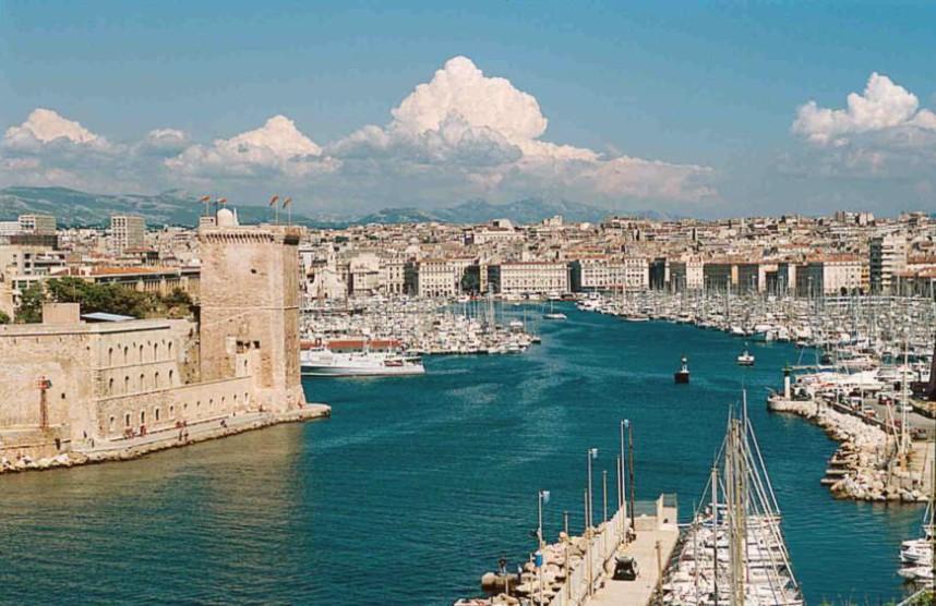 Марсель, вид на старый порт