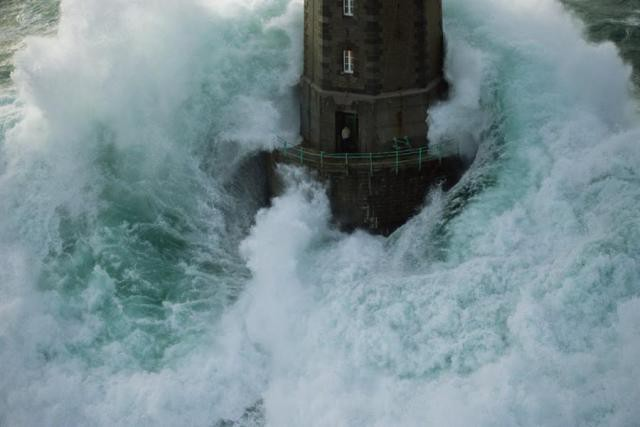 маяк Маре (Ля Жюмьен)