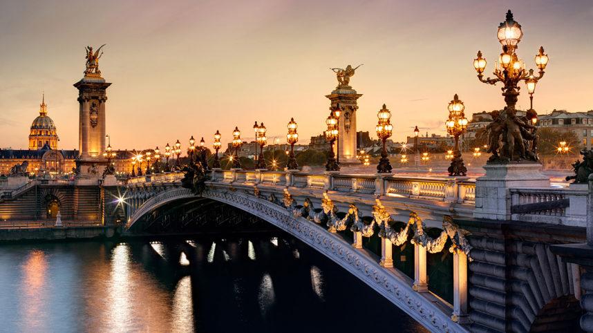 Мост Александра III в Париже, закат