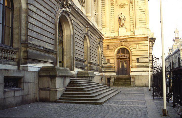 Музей изящных искусств, центральный вход