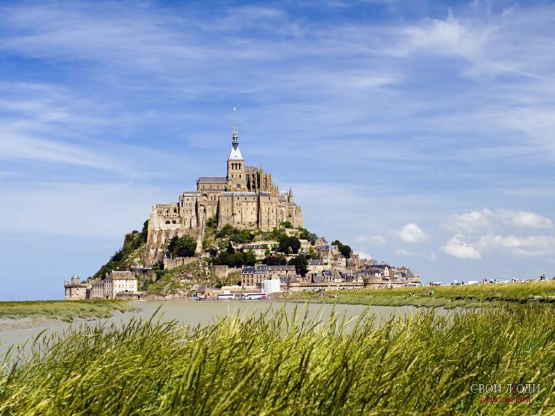 Нормандия,Монастырь на горе Сен-Мишель