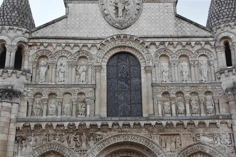 Нотр-Дам-ля-Гранд,фасад церкви