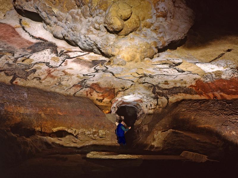 Росписи, Пещера Ласко