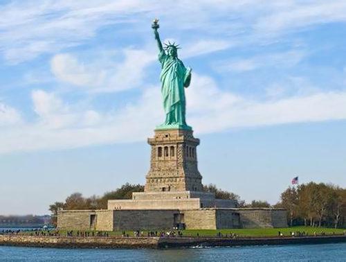 Статуя Свободы на Лебедином острове, Париж