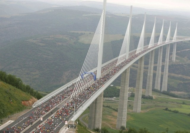 Виадук Мийо - самый высокий мост в мире