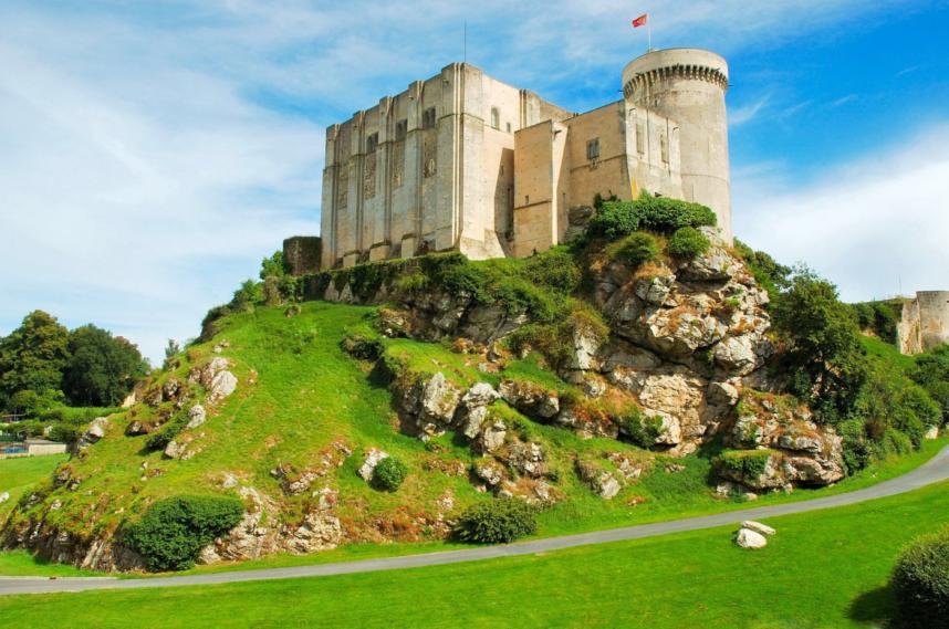Крепость Фалез