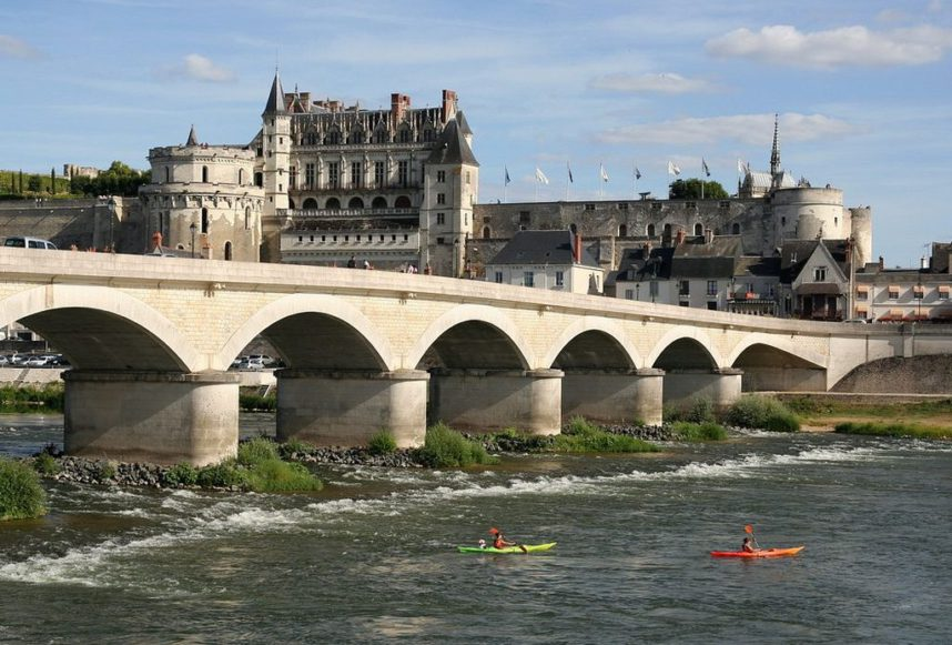 Замок Амбуаз, мост на реке Луаре