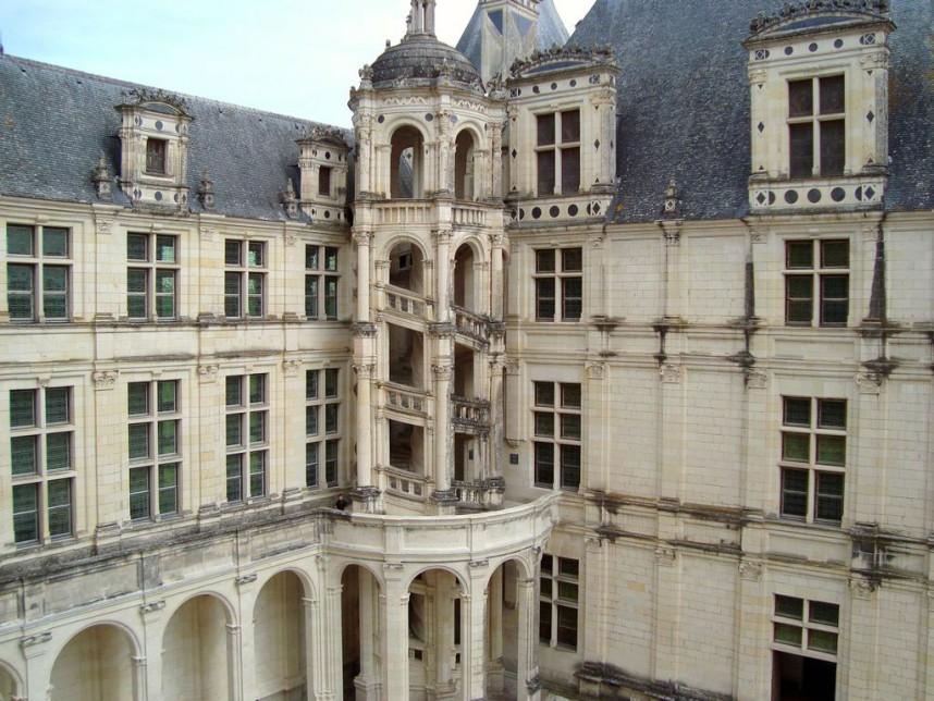 Замок Шамбор, винтовая лестница