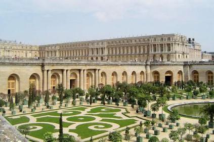 Версальский дворец - рукотворный памятник
