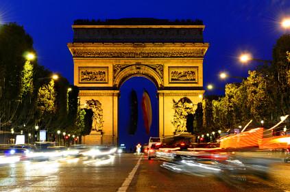 Символ победы – Триумфальная арка в Париже!