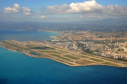 Из Москвы в Ниццу и Париж будет летать еще одна авиакомпания